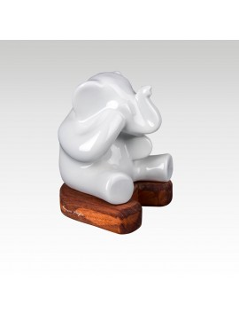 sleeping elephant lamp